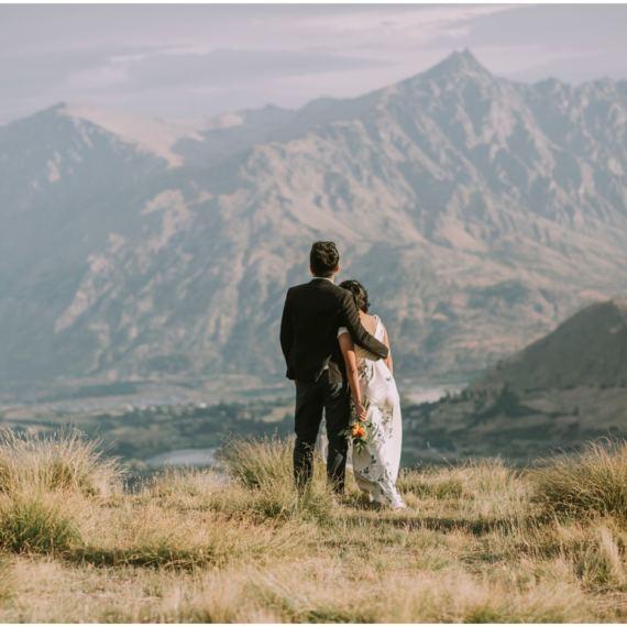 Pre wedding Queenstown mountains